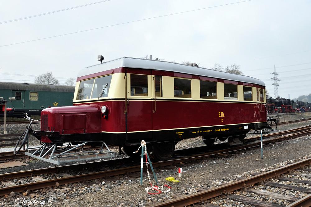 Diesellok - fährt von Bochum Hbf. zum Eisenbahnmueum Dahlhausen