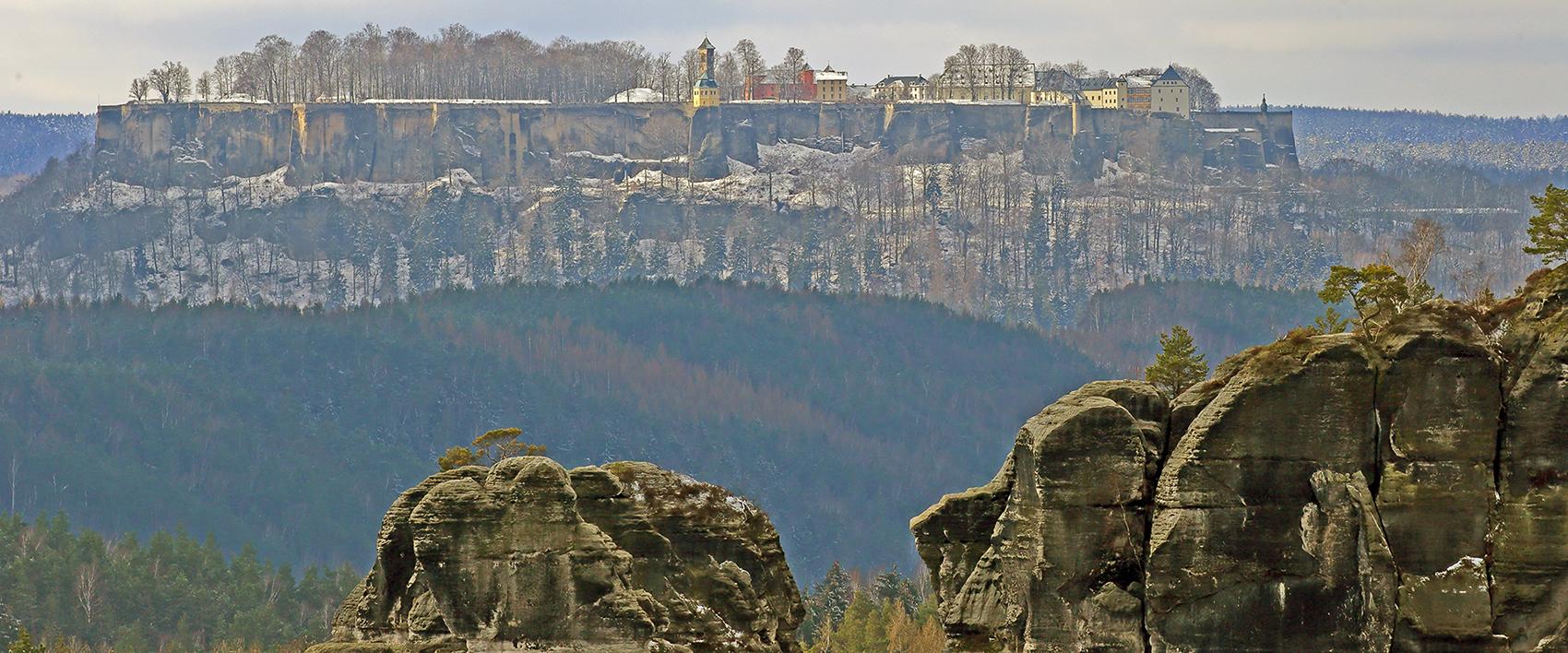 Diesen für mich besonders schönen Blick auf die Festung...