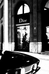 * dior *