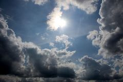 direkt gegen die Sonne