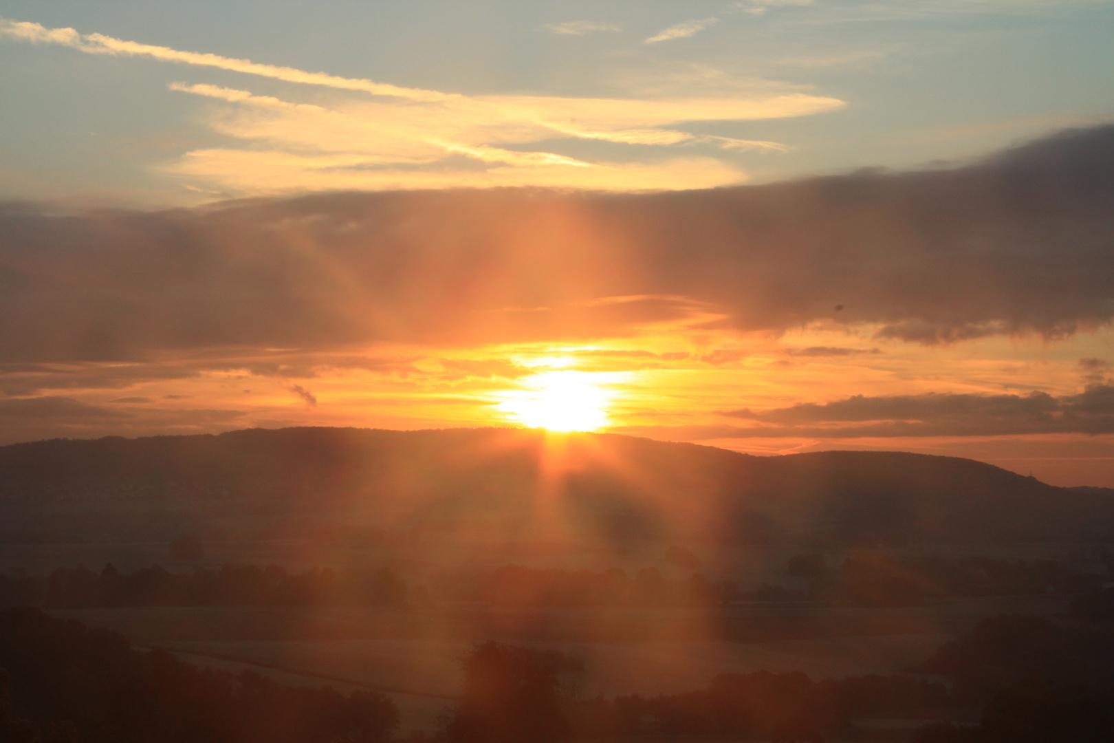 Direkt in den Sonnenaufgang