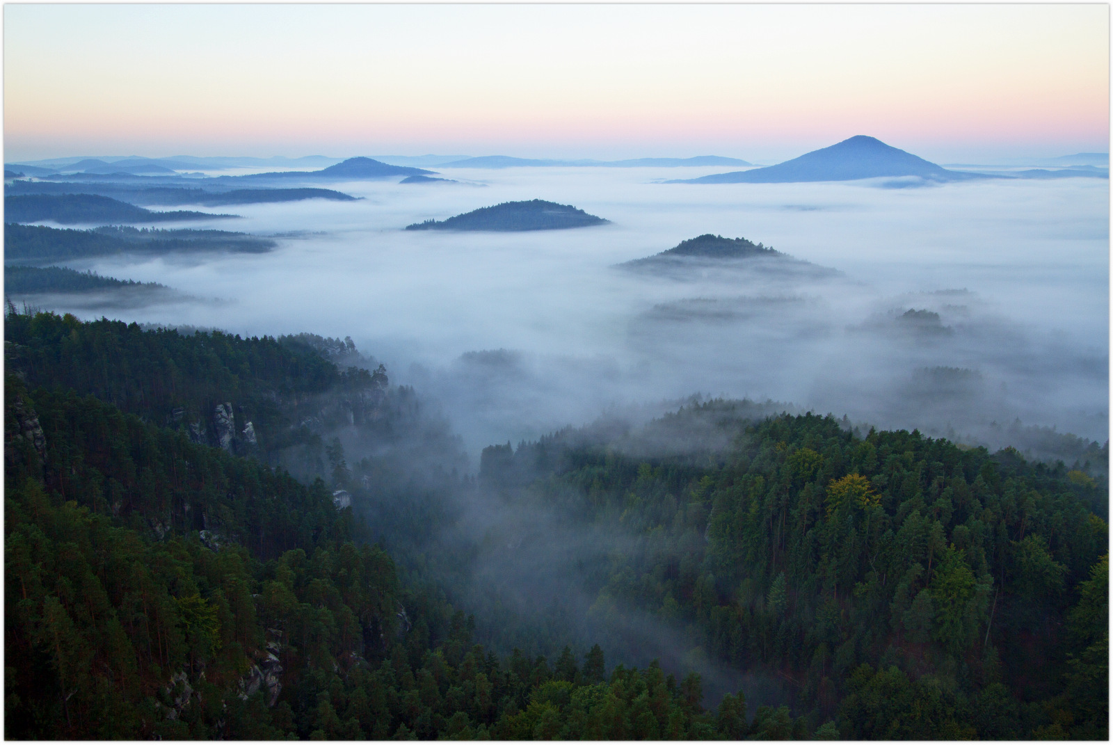 Dittersbach im Nebel