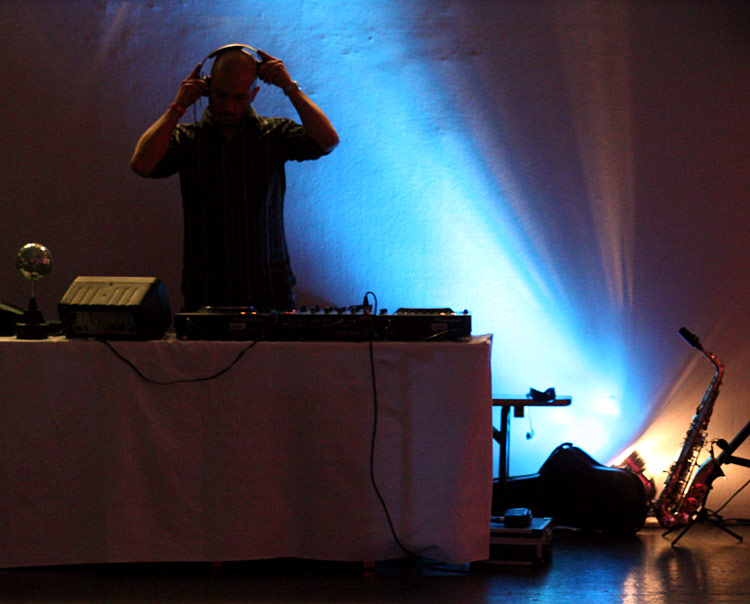 DJ Sustep