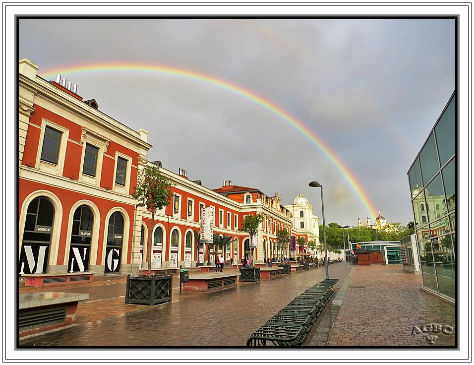 Doble arcoiris desde Príncipe Pio, Madrid