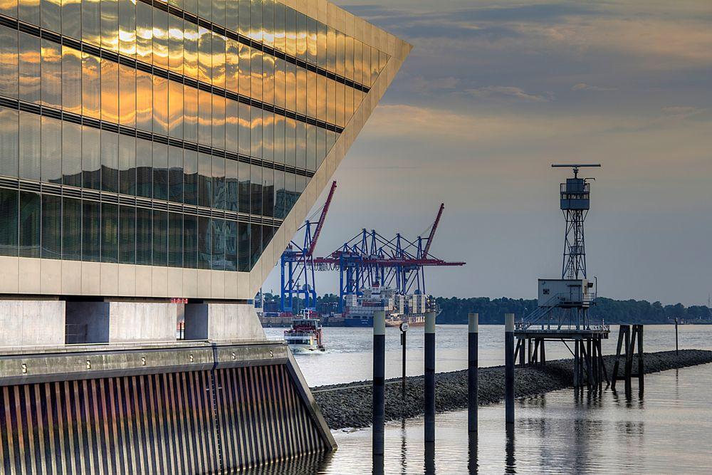 Dockland in der Dämmerung.