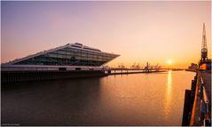 - Dockland Sunset -