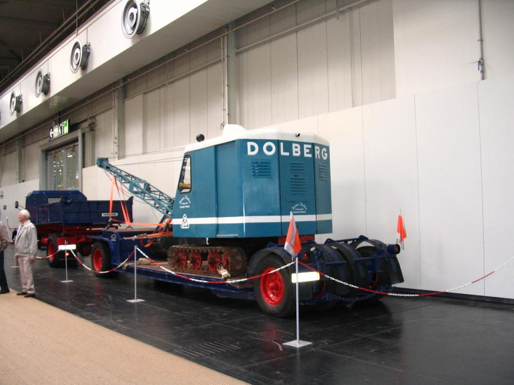 Dolberg - Bagger auf Langendorf - Tieflader...