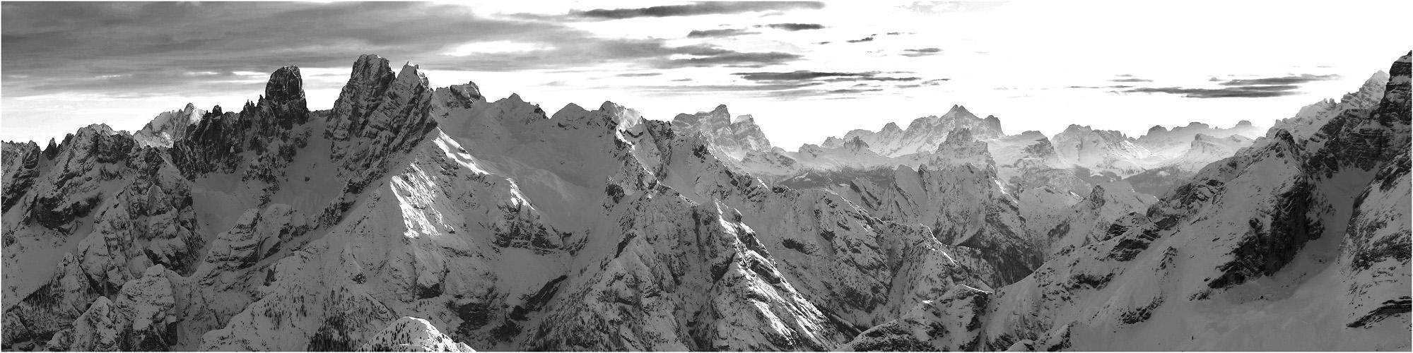 Dolomiten-Panorama vom Pico di Vallandro (Dürrenstein) nach Süden