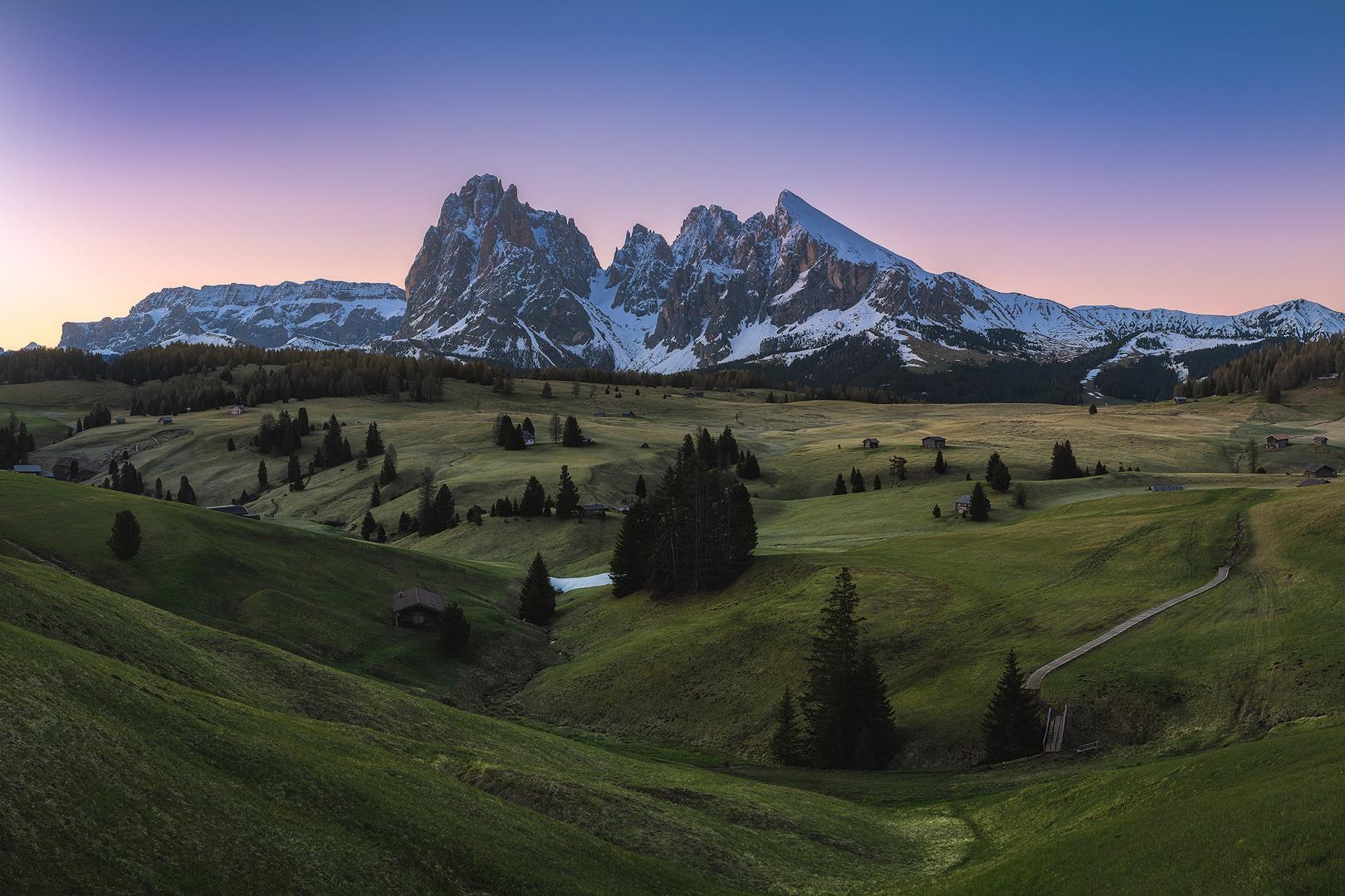 Dolomiten - Seiser Alm Panorama am Morgen