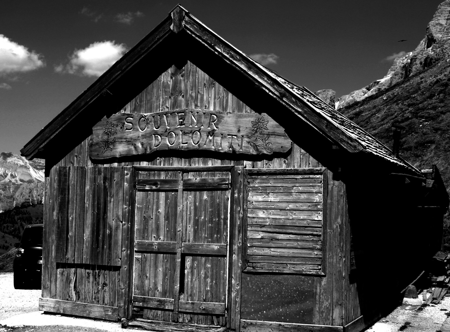 Dolomites Cabin