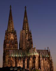 Dom in Köln bei Nacht