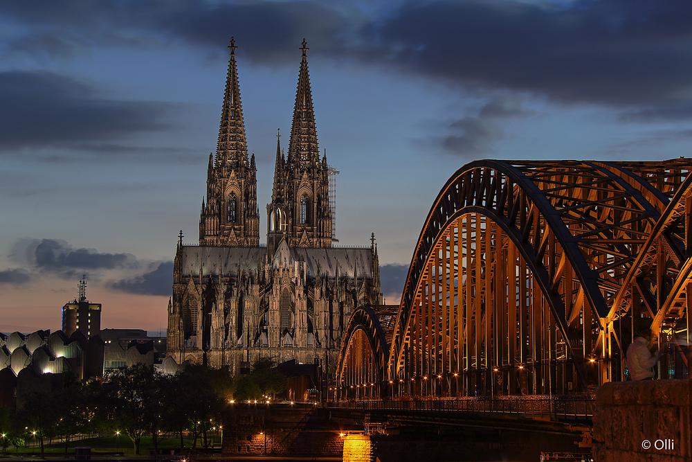 Dom und Brücke ..
