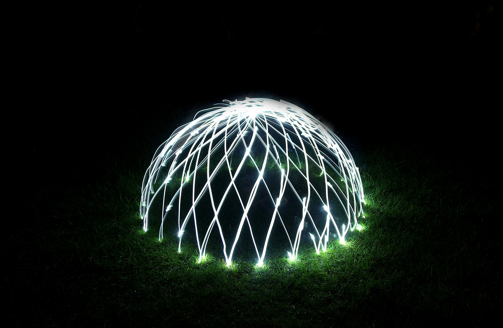Domes Lightpainting bei Nacht