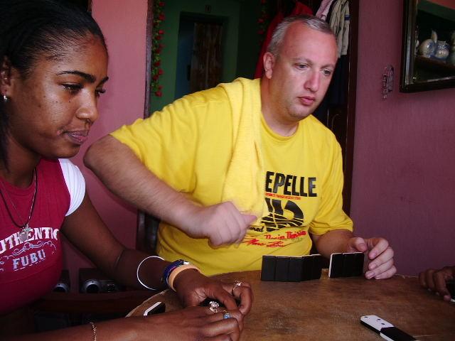 domino en luyano (La Habana)