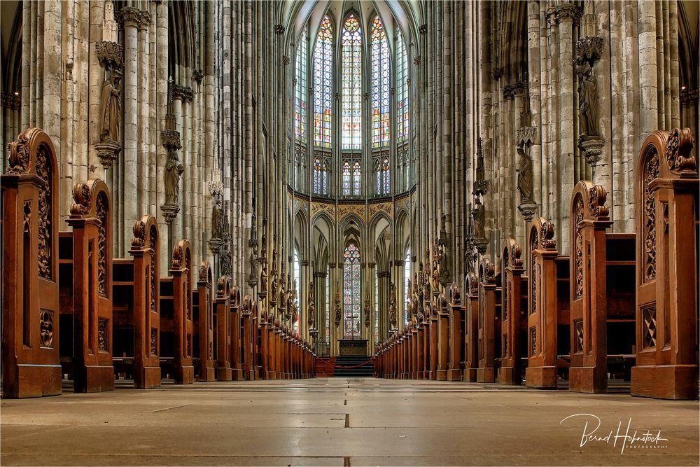 Domkloster 4 ...... ohne Besucher und Gerüst, eine Herausforderung