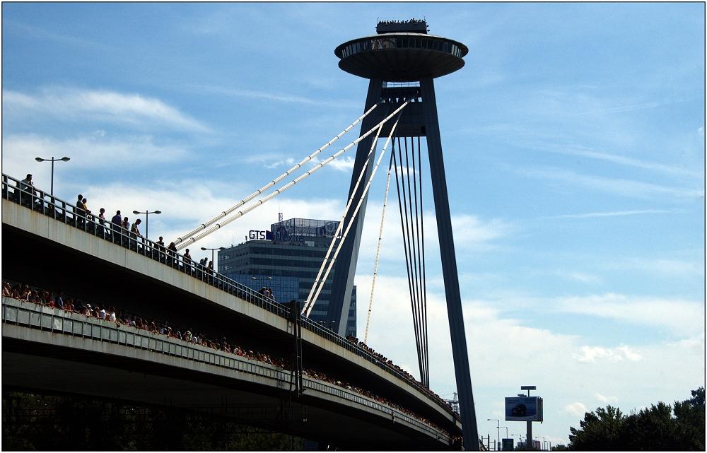 ... Donaubrücke ...
