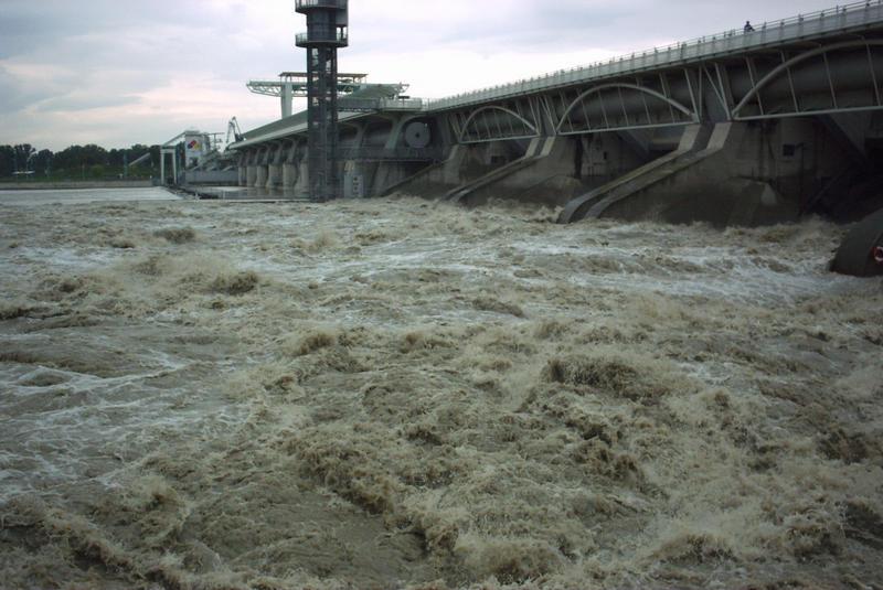 Donaustrom, Wien, Kraftwerk Freudenau, Hochwasser,