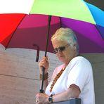Donna ,,,,e Ombrello Colori...