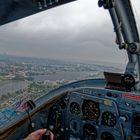 Donnerstag mit Durchblick - Wilhelmshaven durch das Flugzeugfenster