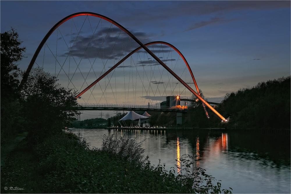 Doppelbogenbrücke Nordsternpark