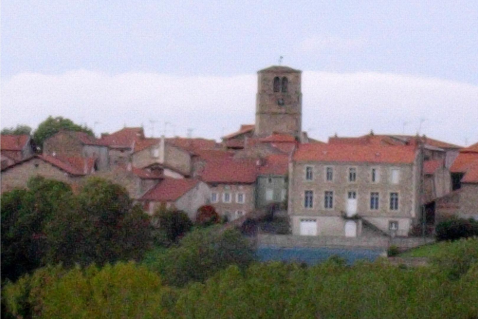 Dorf in der Auvergne