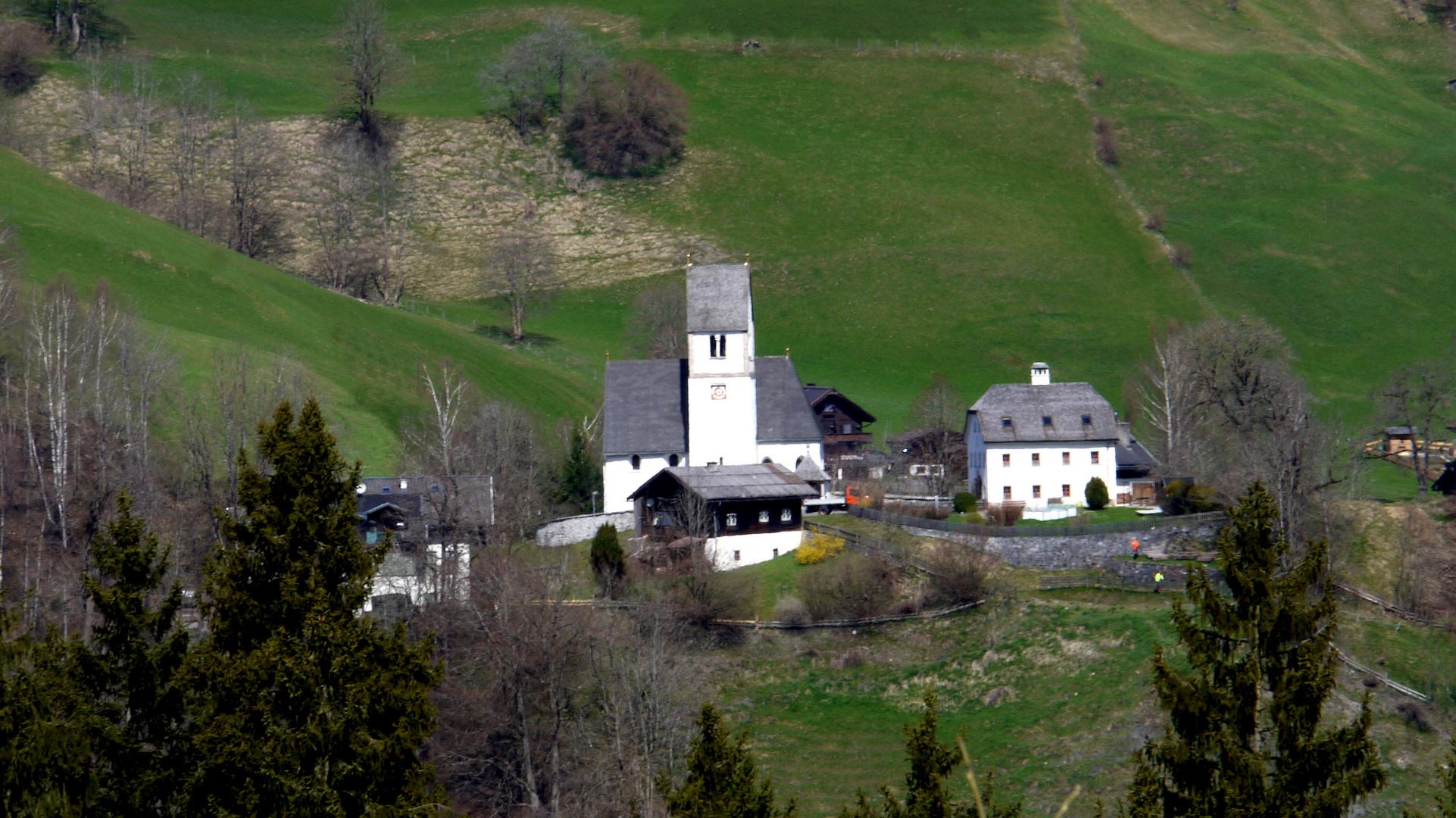 Dorf und Kirche Eschenau
