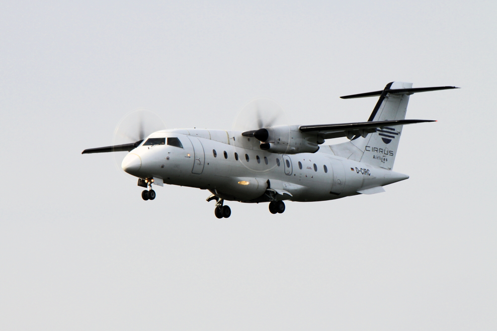 Dornier Do 328-100 der CIRRUS Airlines