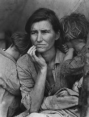 Dotothea Lange, Migrant Mother -Nipoma, California 1936