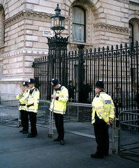 Downingstreet mit Bobbies