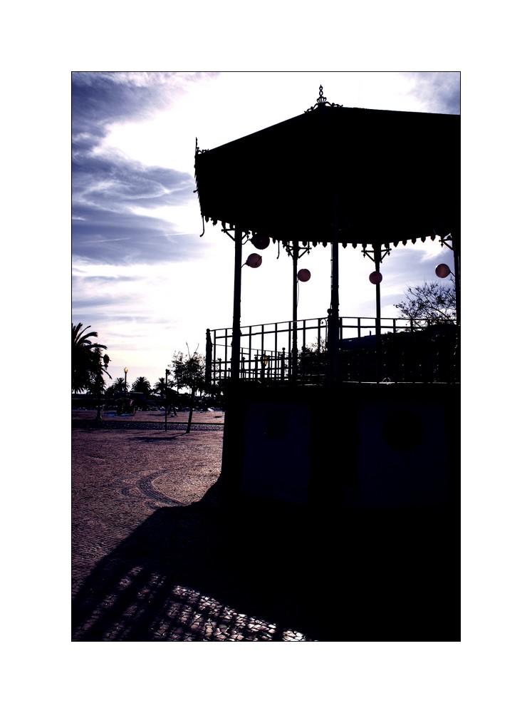 ... Downtown Faro, o Coreto ...