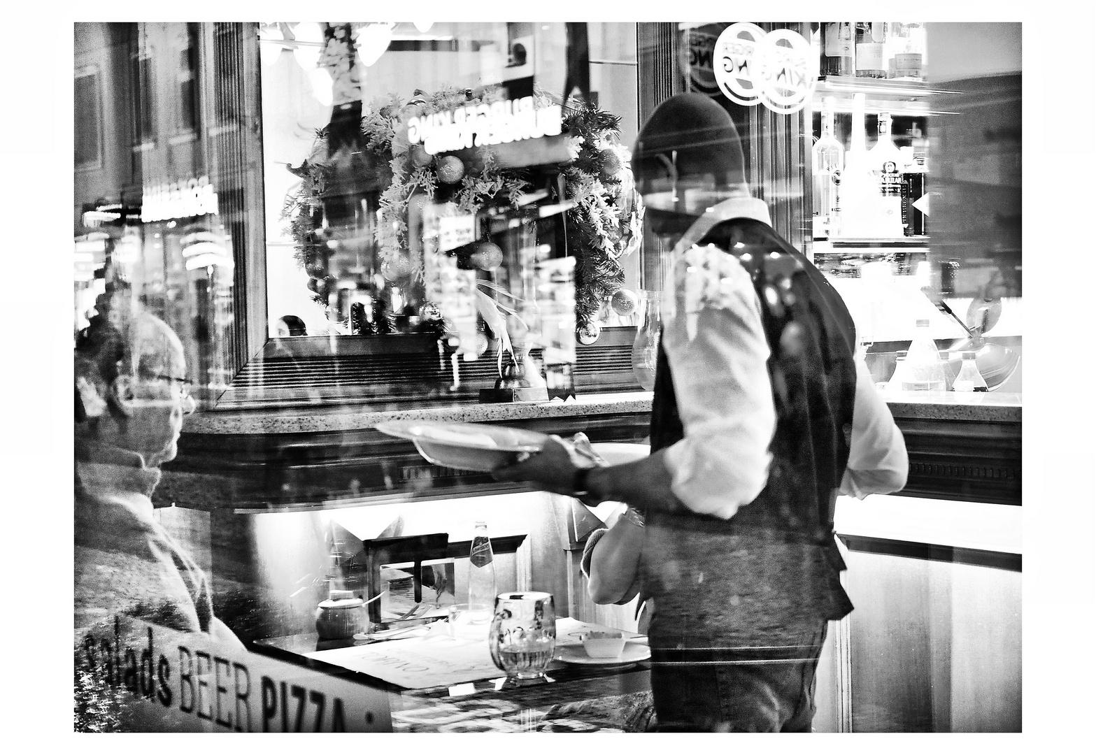 Downtown People - Love Italian Food