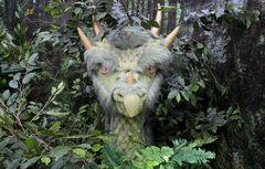 Drache im Zauber-Wald