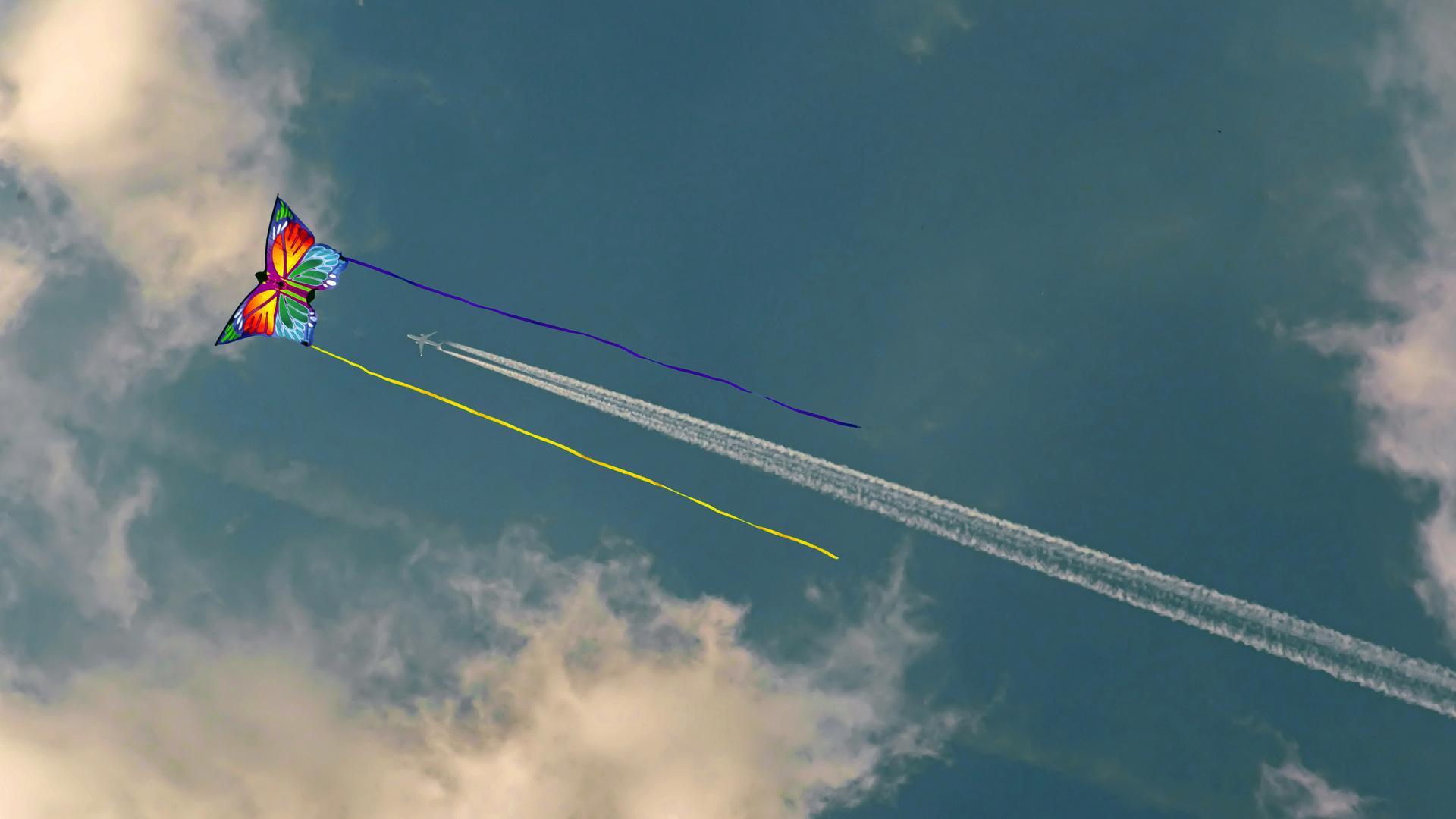 Drachen und Flugzeug