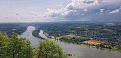Drachenfels  Blick auf Rhein und Insel Nonnenwerth