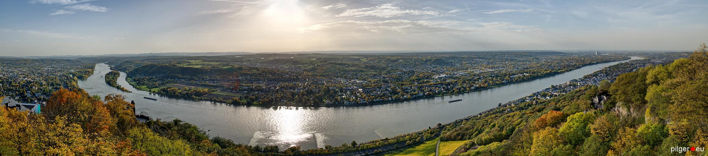 Drachenfels-Panorama mit rechter Ergänzung --->>>