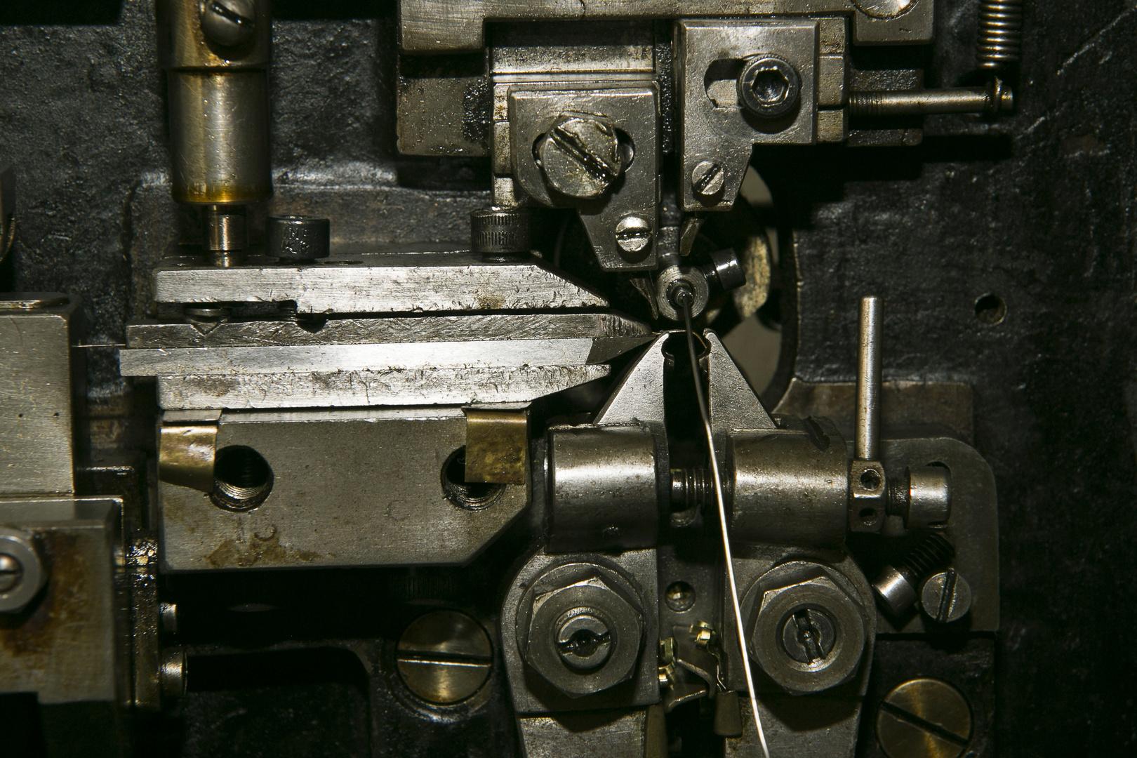 Drahtzieher Foto & Bild | industrie und technik, technik-details ...