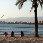 Drei Nixen am Strand von Palma I