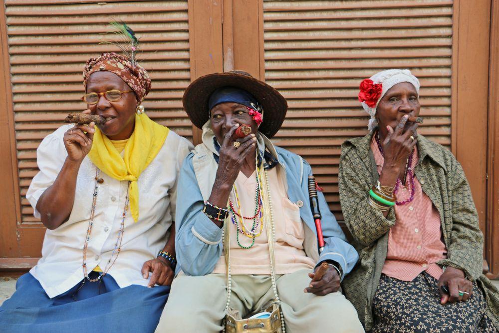Drei Professionelle in Habana