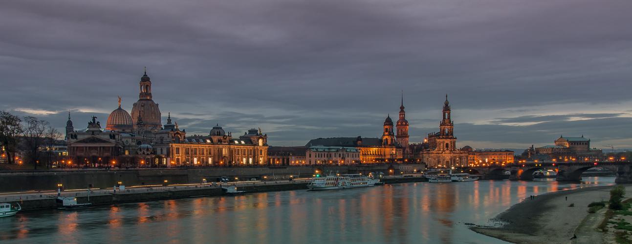 Dresden Blick von der Carolabrücke