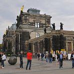 Dresden: Die Elbterrassen und der Sperber