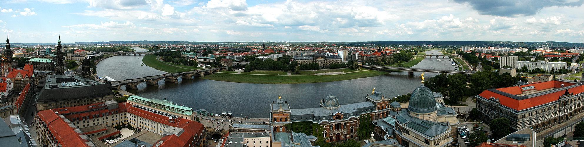 Dresden, Elbeschleife