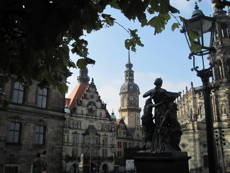 Dresden: Schloss, Hausmannsturm, Hofkirche etc.