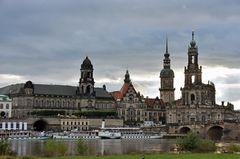 Dresden vom Elbufer