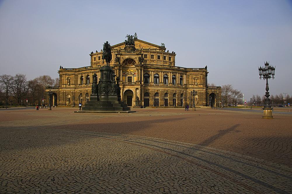 Dresden...17...