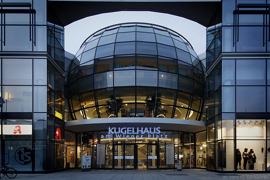 Dresden At Night Kugelhaus Foto Bild Deutschland Europe Sachsen