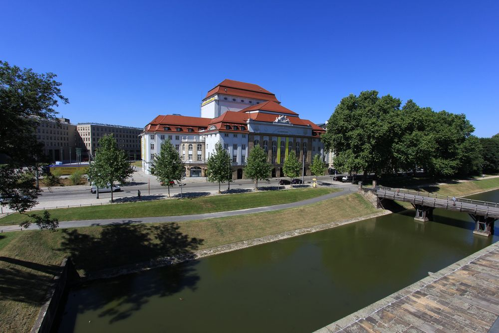 Dresdner Schauspielhaus