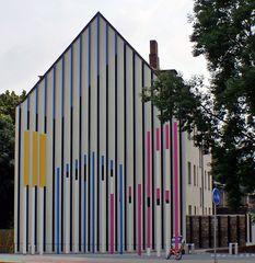 DRIVE THRU Gallery: Stelenfeld