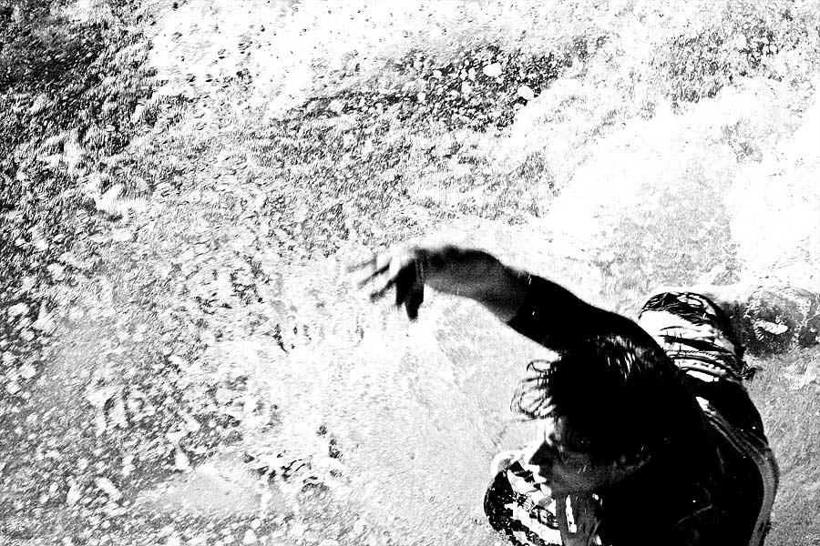 * drowning * v1