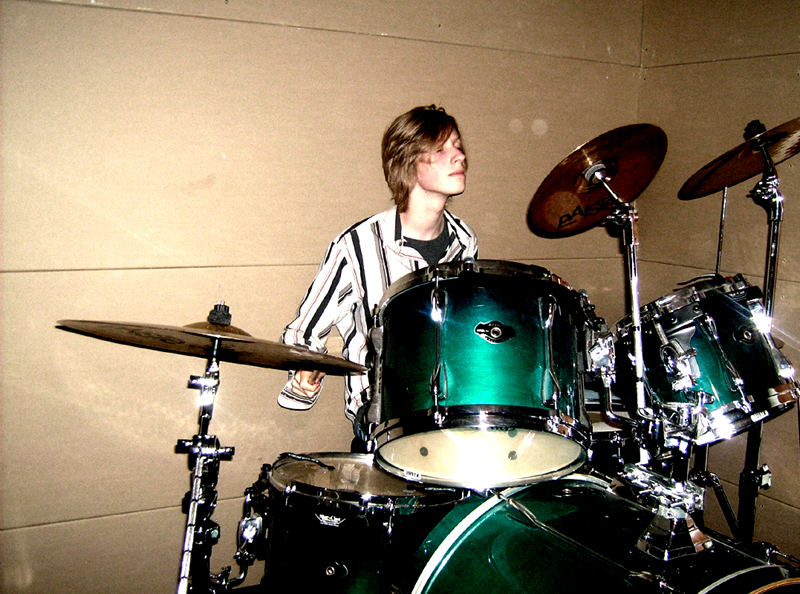 drummer in a box