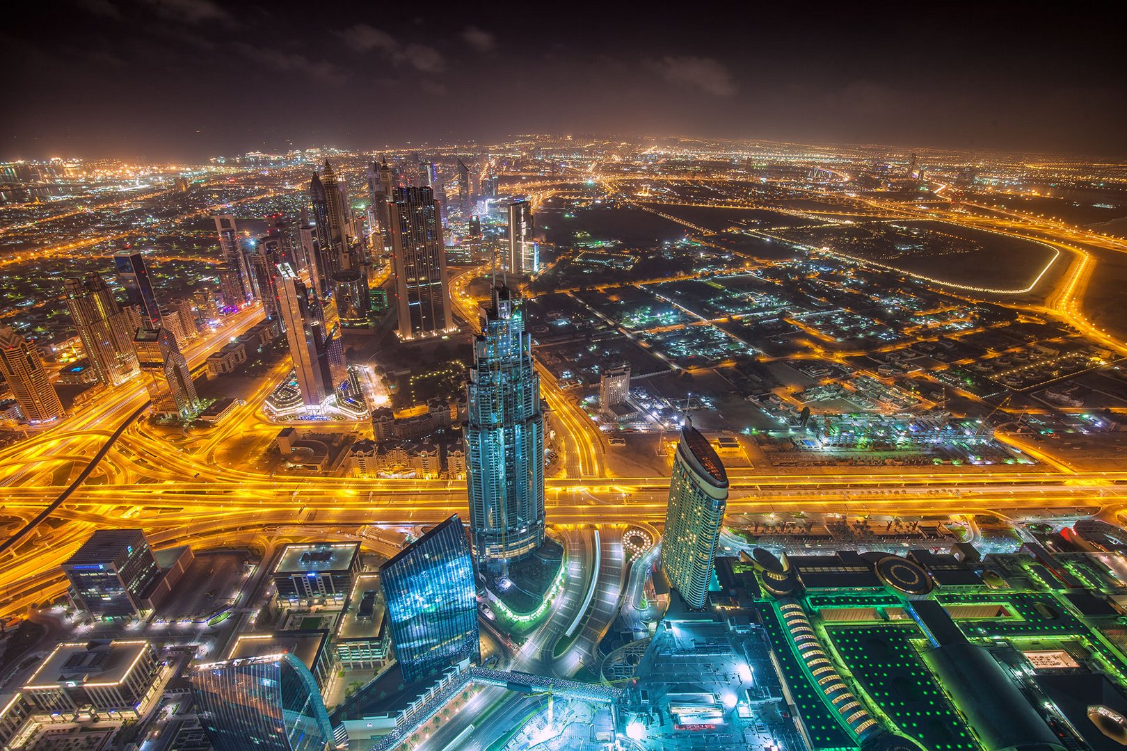 Dubai before Sunrise